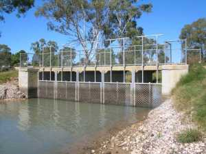 Figure 2: Carp Screens installed on a channel at Riverglades SA.  (Photo courtesy Leigh Thwaites)