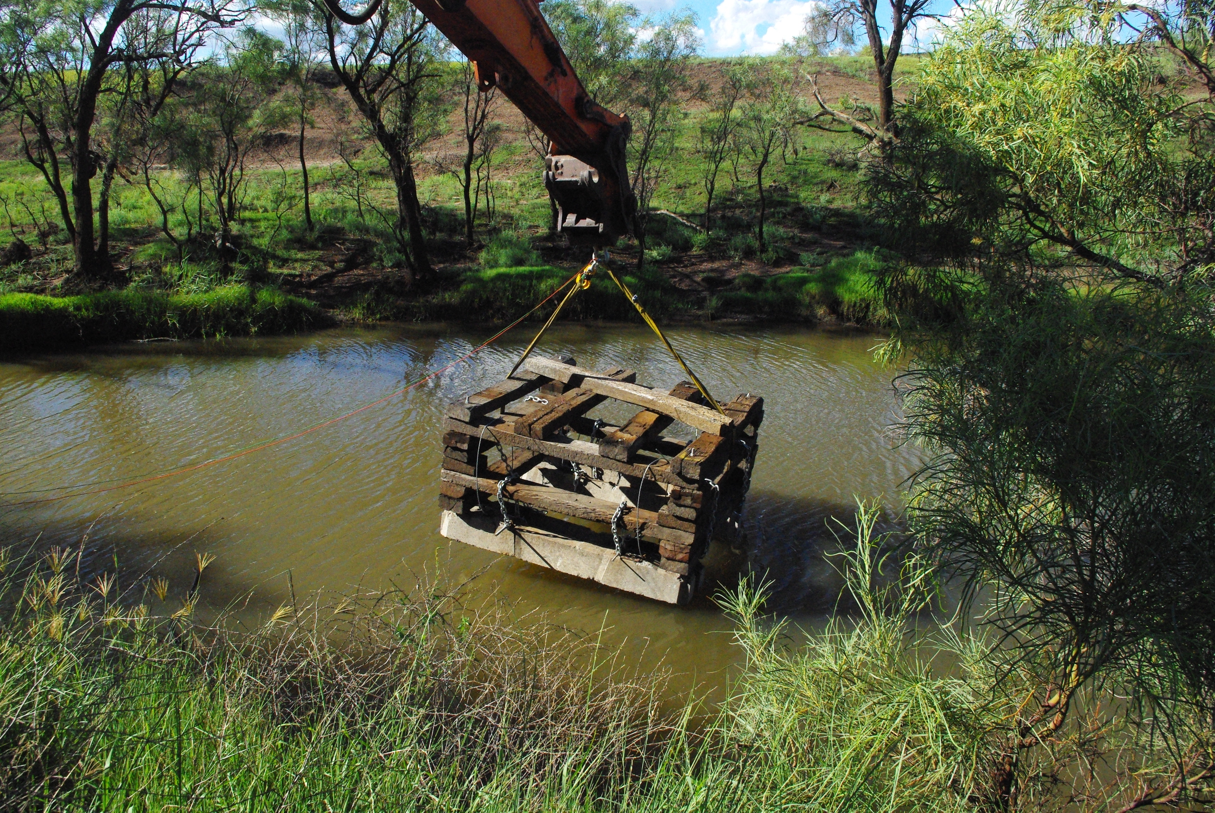 Image 4 - Installing a fish hotel into Oakey Creek